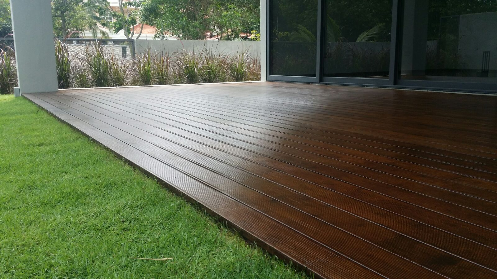Timbermalaysia beautiful selection of timber flooring for Hardwood outdoor decking